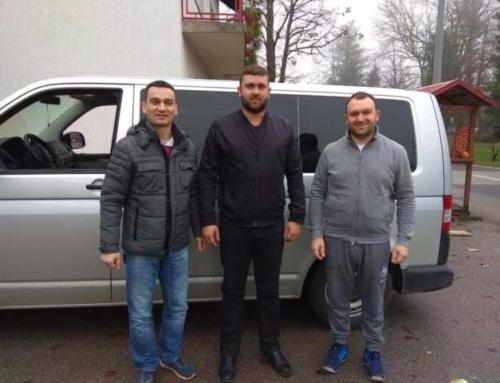 Ogulinski Srbi pomažu bogosloviju u Krki